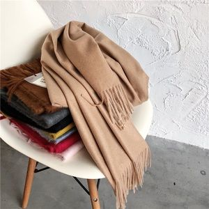 Khaki scarf good condition